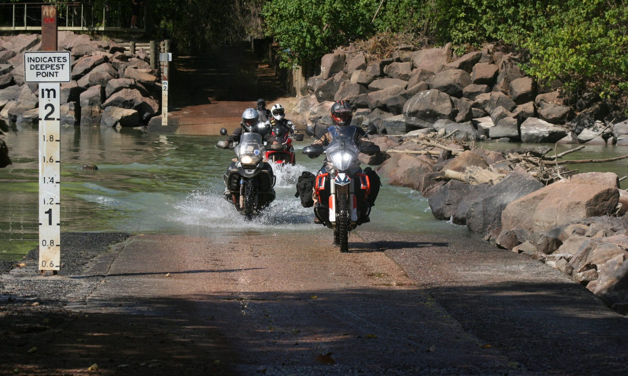 Southern Cross Motorbike Hire & Tours